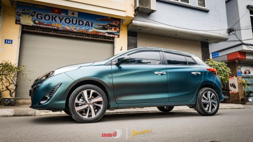 dán đổi màu xe Toyota Yaris 3
