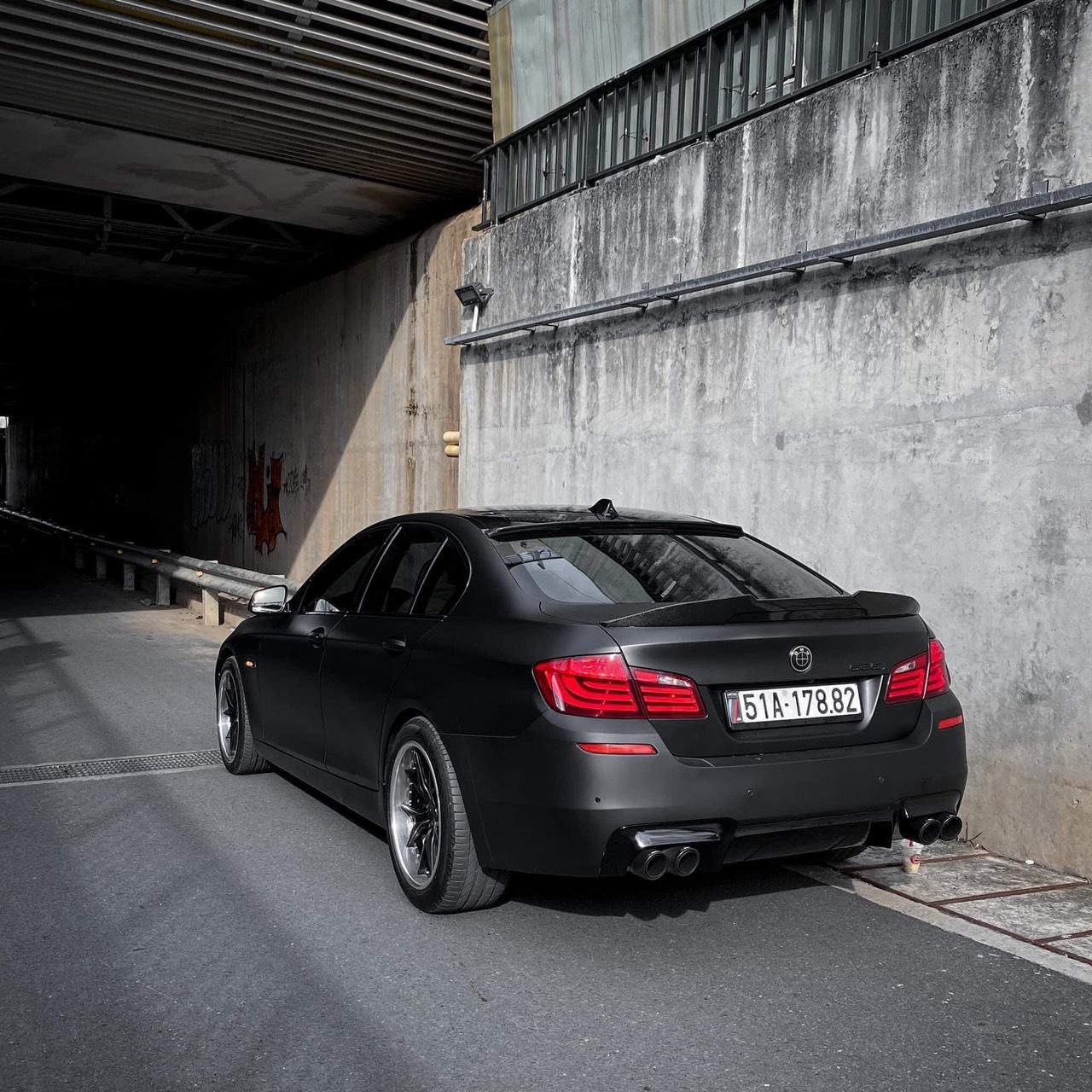 Dán Đổi Màu Xe BMW 535i Đen