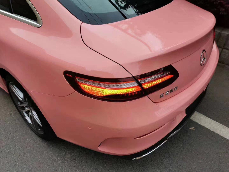 Dán Đổi Màu Xe Mercedes Hồng