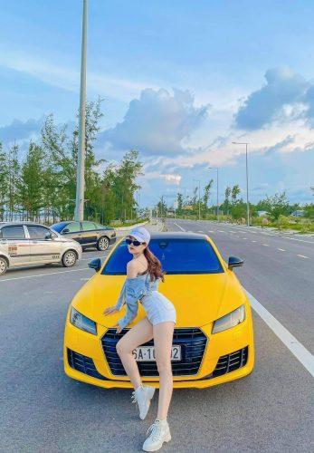 Dán Đổi Màu Xe Audi Vàng