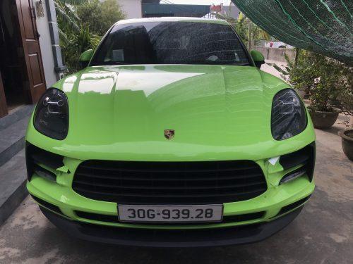 Dán Đổi Màu Xe Porsche Macan Xanh Nõn Chuối