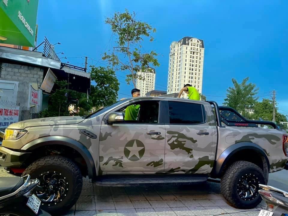Dán Đổi Màu Xe Ford Ranger Phong Cách Quân Đội Mỹ