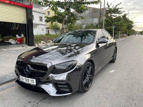 Dán Đổi Màu Xe Mercedes E300 Đen Bóng